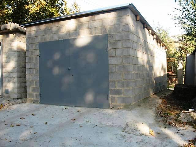 оформить гараж во дворе