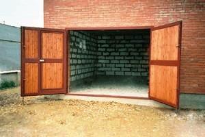 размеры распашных ворот гаража