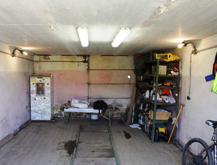Сделать свет в гараже