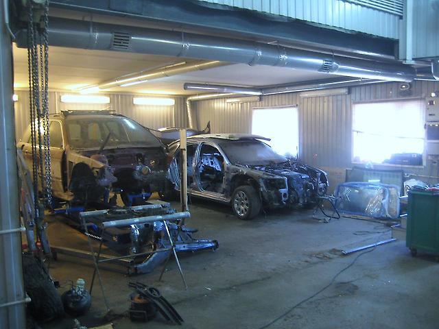 гараж для ремонта машин