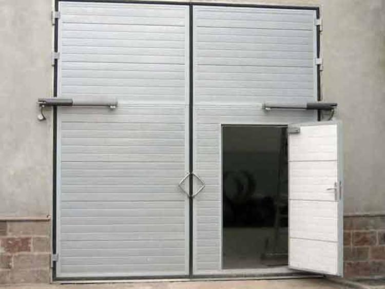 теплые гаражные ворота